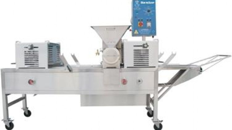 NEW Product – Junior 2850 Pie Machine & Liquid Filling Machine – Nov / Dec 08
